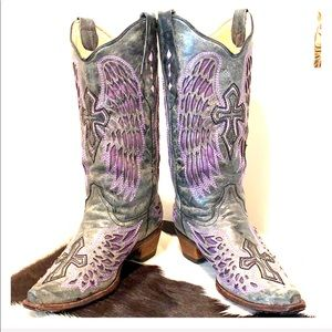 CORRAL Cross Angel Wing Inlay Snip Toe Boots